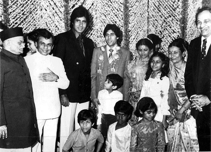 Virjibhai Kalyanji And Anand Jis Father Music Director Anandji Amitabh Bachchan Mrs At The Wedding Of Prakash Rita