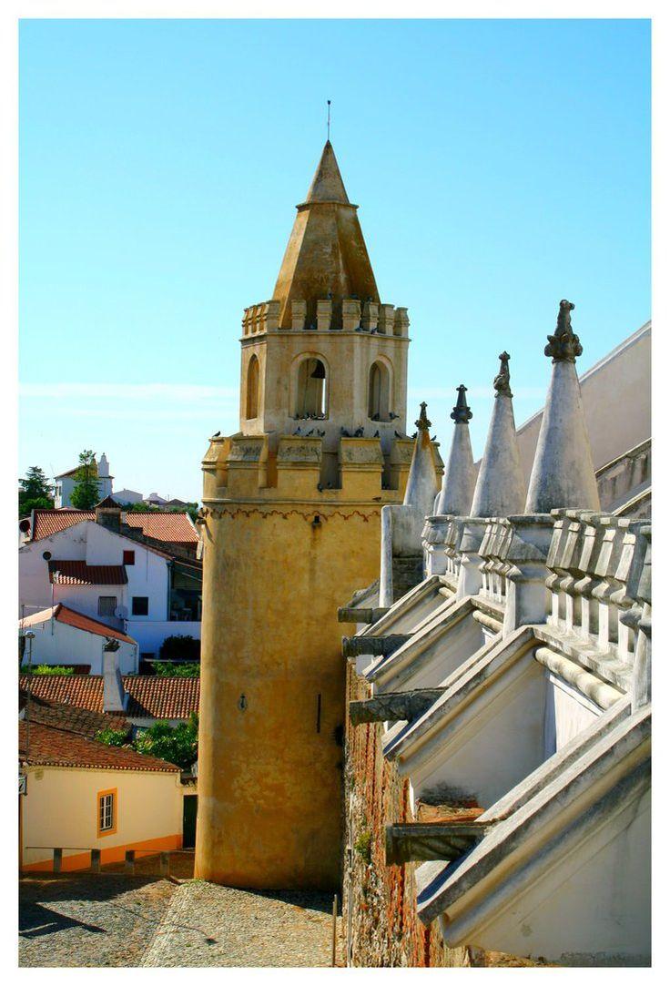 Viana do Alentejo Castle   - Castelo de Viana do Alentejo - Viana do Alentejo - Distrito de Évora / Portugal.   by FilipaGrilo