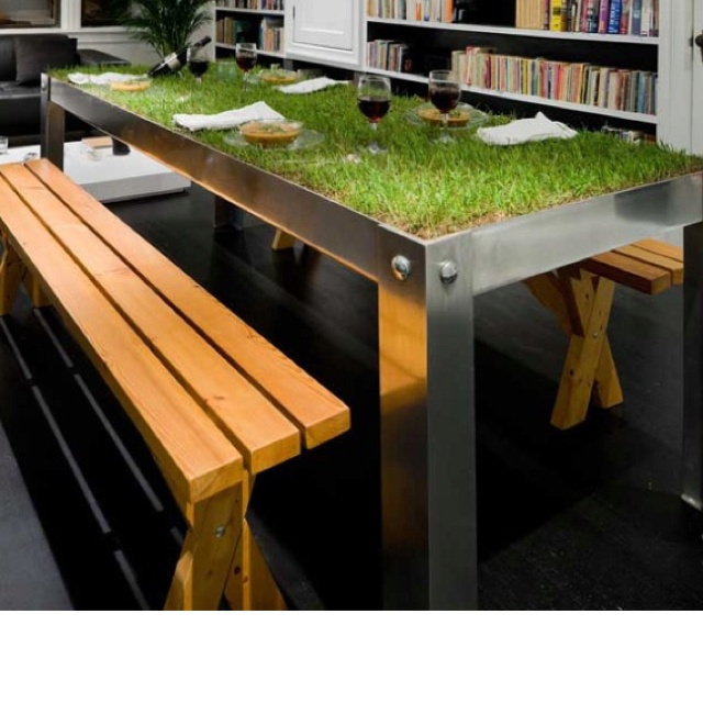 Awesome Table! Itu0027s Like Having A Picnic Everyday! {Dining Room Table With  Grass