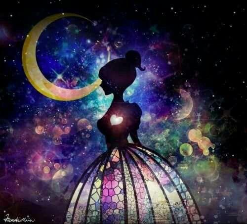Si princeznou mojich snov, no chcem, aby si stala mojou vysnívanou kráľovnou, dávam ti už teraz svoju pomyselnu korunku, ktorá ťa bude zdobiť pokiaľ si ťa nezískam :)