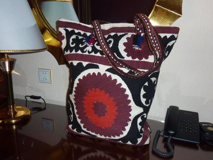 Große Schultertasche aus Suzani von SALOME  auf DaWanda.com