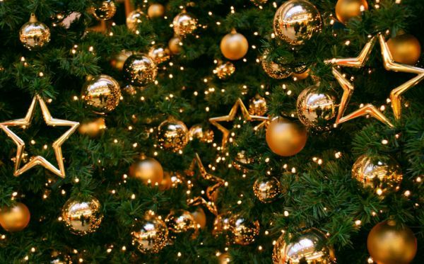 Gold Christmas tree ornaments