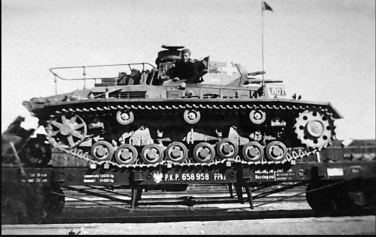 Panzer III D Befehlswagen on railway