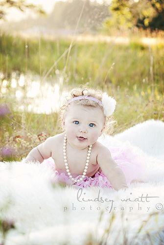 Baby photo idea to try - d