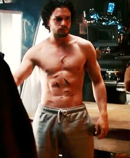 Kit Harington - alive!!