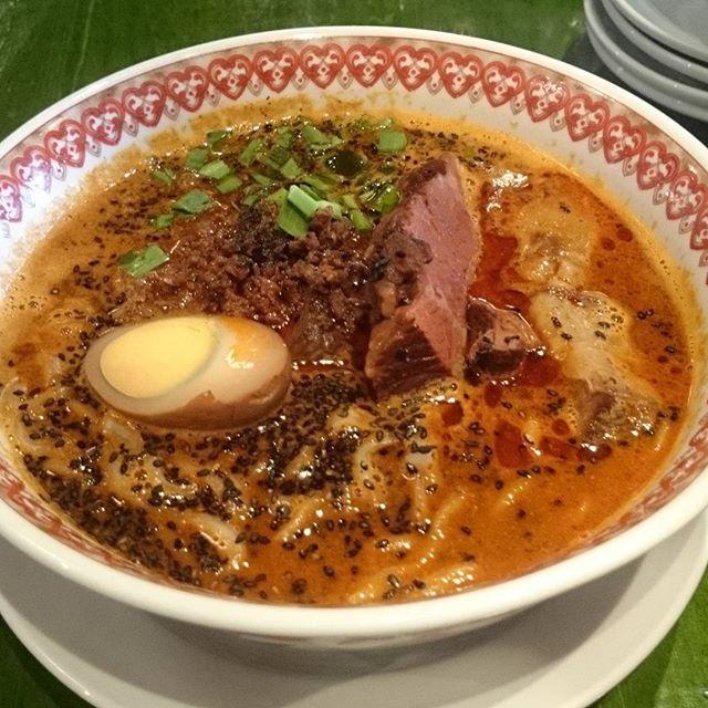 牛バラ黒担々麺 #紅虎餃子房 #ラーメン #担々麺 #肉