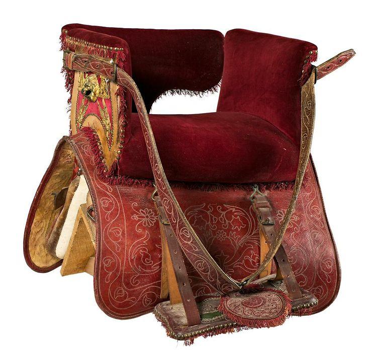 Side-saddle in studded leather   Balclis Barcelona www.balclis.com