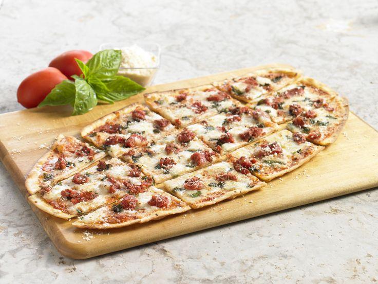 Bj S Restaurants Garlic Chicken Pesto Pizza