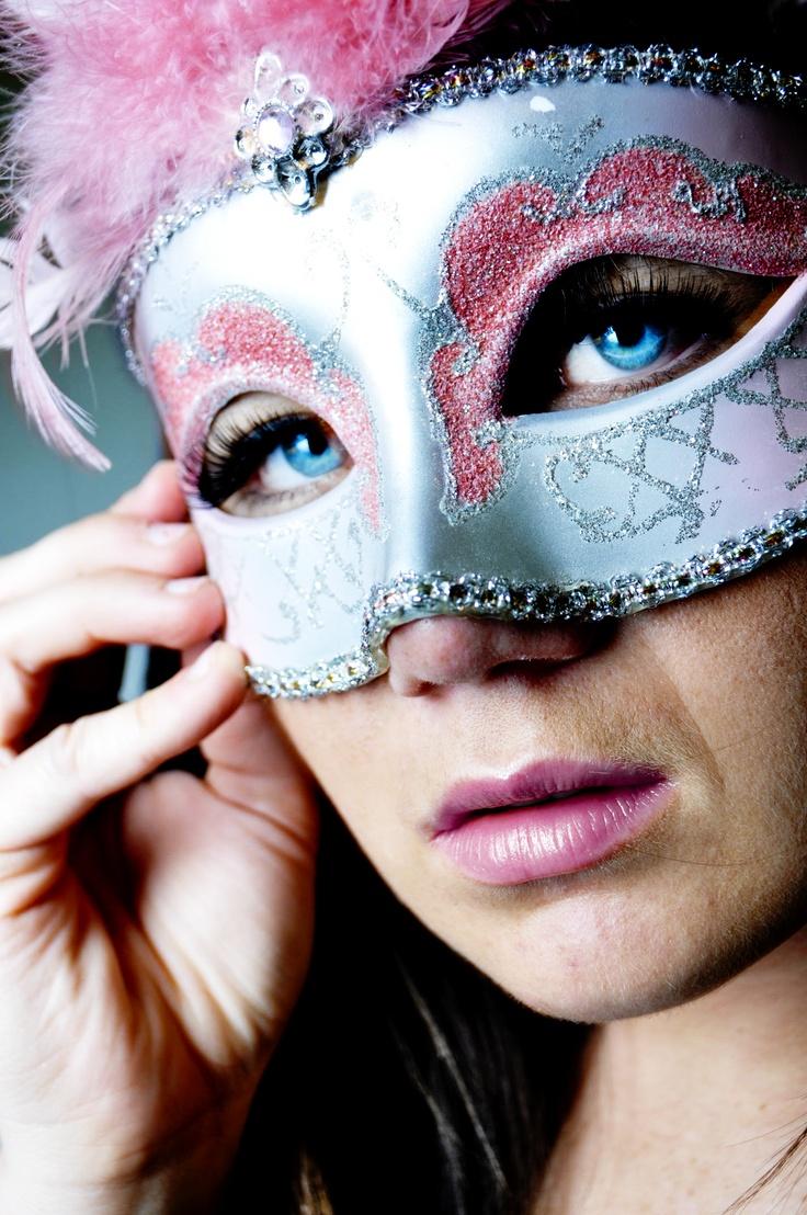 17 Best images about Self Portrait Ideas on Pinterest ...