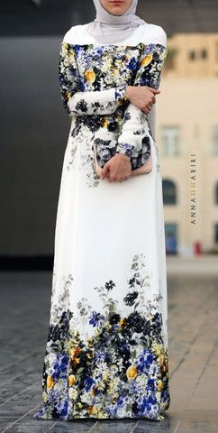 Dara Contrast Maxi Dress