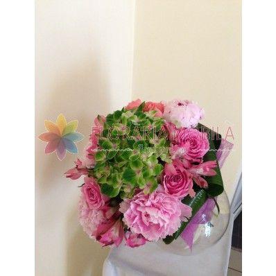 buchet class cu  hortensie, bujori, trandafiri
