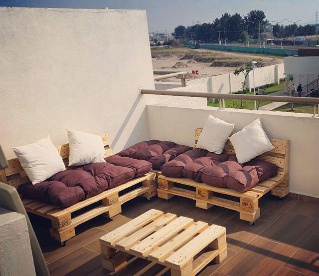 Sala Escuadra Twin, una de las favoritas Informes: ventas@dpallet.com.mx, WhatsApp 3310554119 #pallet #palletfurniture #muebles #mueblesconpaler #tarimas #ecológico #ecofriendly #wood #diseñoinerior #interiorismo #hechoenmexico #diseñomexicano #gdl #df #Zapopan