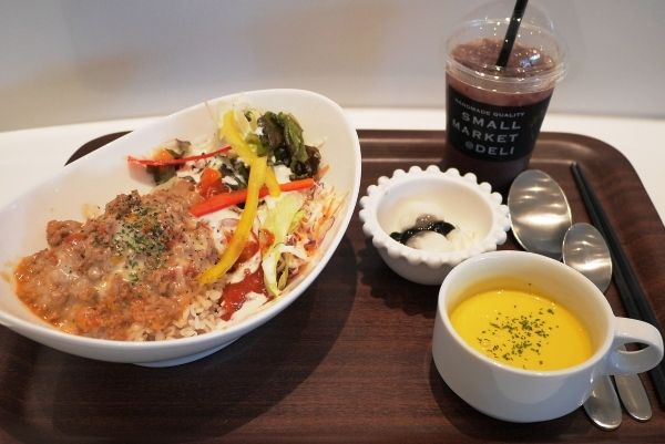 【大阪・大阪市】野菜たっぷり「SMALL MARKET@DELI」--グランフロント大阪でカフェランチ!
