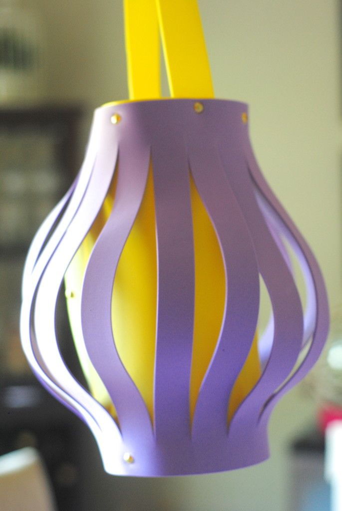 DIY Lanterns {Kids Craft Idea