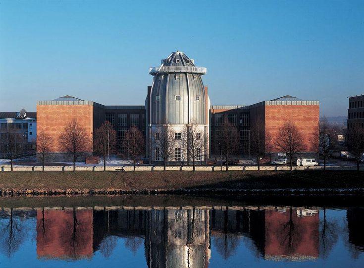 Bonnefanten Museum - Maastricht - Aldo Rossi