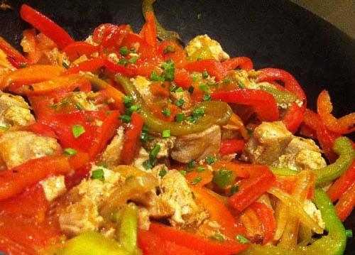 Atún con pimientos » Divina CocinaRecetas fáciles, cocina andaluza y del mundo. » Divina Cocina