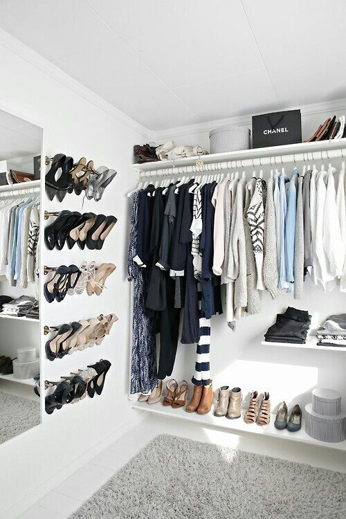 I need this closet.