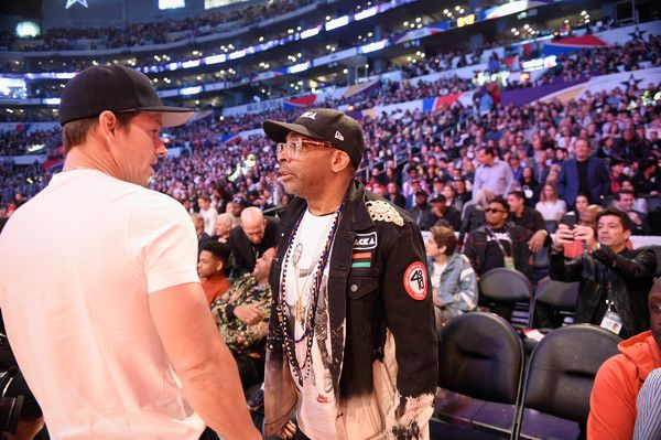 Mark Wahlberg Photos - Mark Wahlberg and Spike Lee attend 2018 JBL Three-Point Contest at Staples Center on February 17, 2018 in Los Angeles, California. - JBL Three-Point Contest 2018