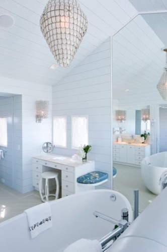 .Modern Cottages, Cottages Bath, Contemporary Bathrooms, Dreams Bathroom, Bathroom Designs, White Bathrooms, Cottages Design, Beach Styles, Blue Bathroom