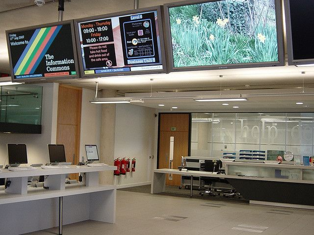 Help Desk Information Commons The University Of Sheffield By Jisc Infonet Via Flickr