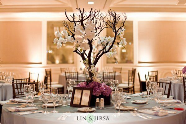 Lovely centerpieces :) I'm gonna need a bunch of these for my wedding :)