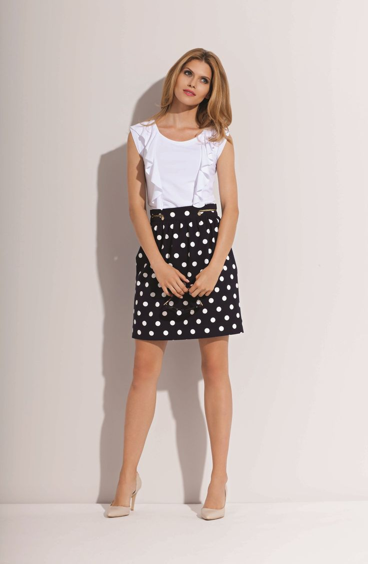 there are spots skirt and simply white blouse from L`Ame de Femme