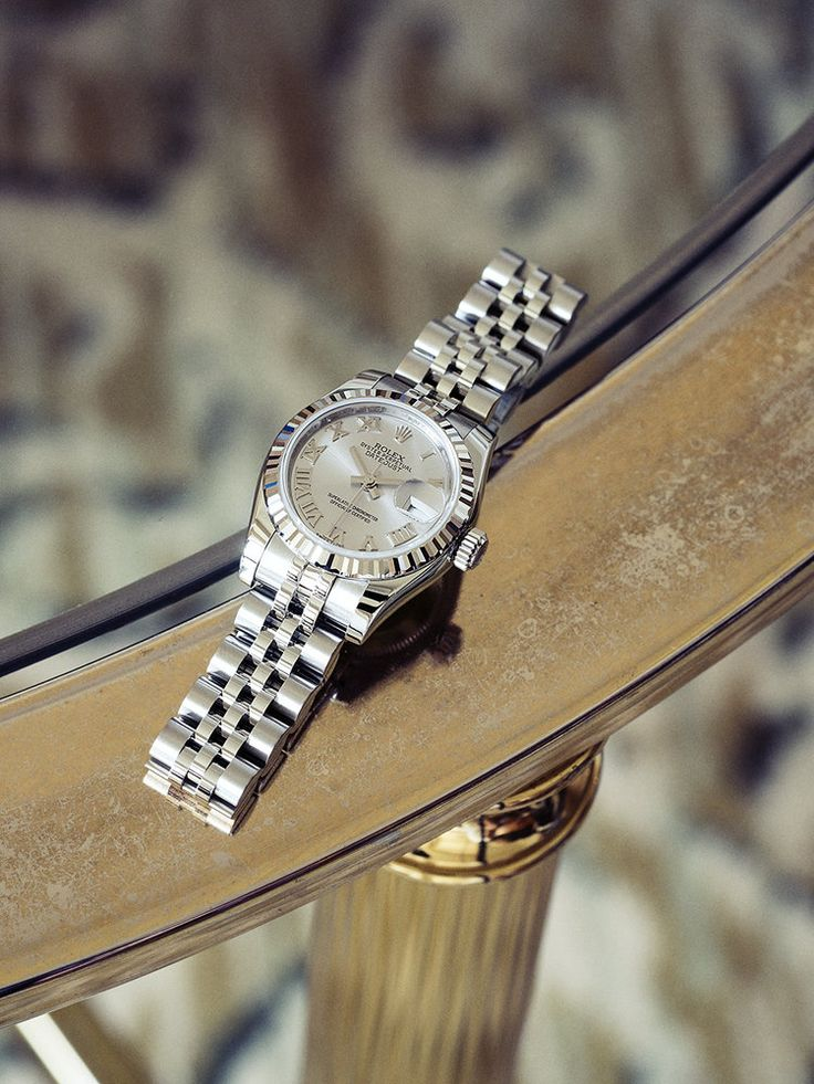 ママンから譲り受けた時計をいつも左手に