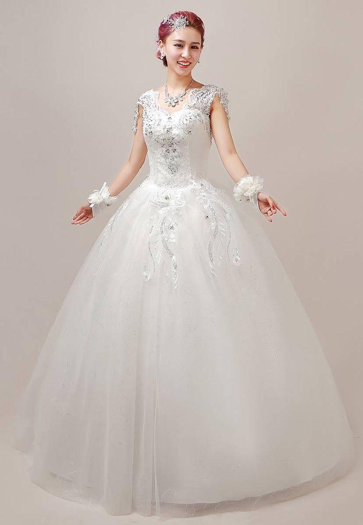 128 best super ladys images on pinterest for Necklace for v neck wedding dress