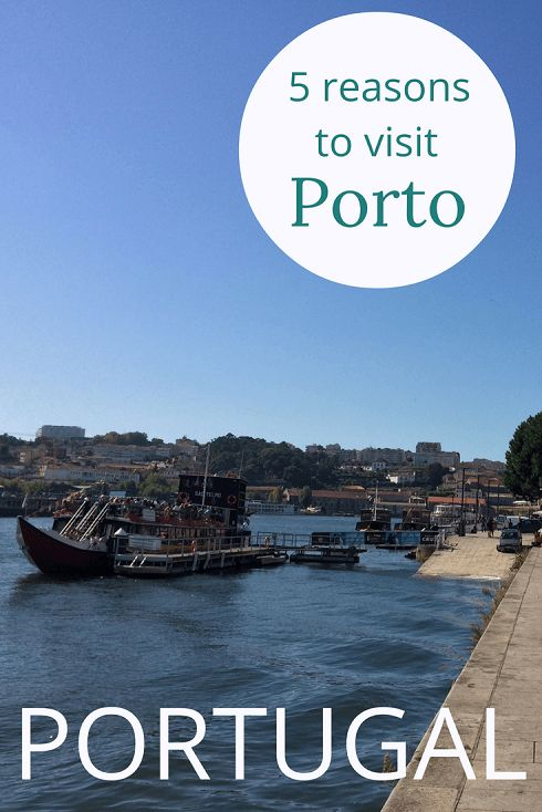 Adoration 4 Adventure's 5 reasons to visit Porto, Portugal.. Including walk-able streets, stunning views and Portuguese cuisine on a budget.