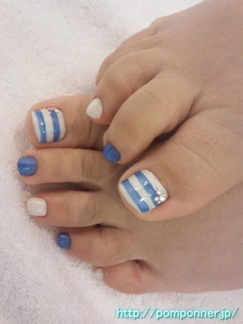 Art Nails: Special day for you in the beach.