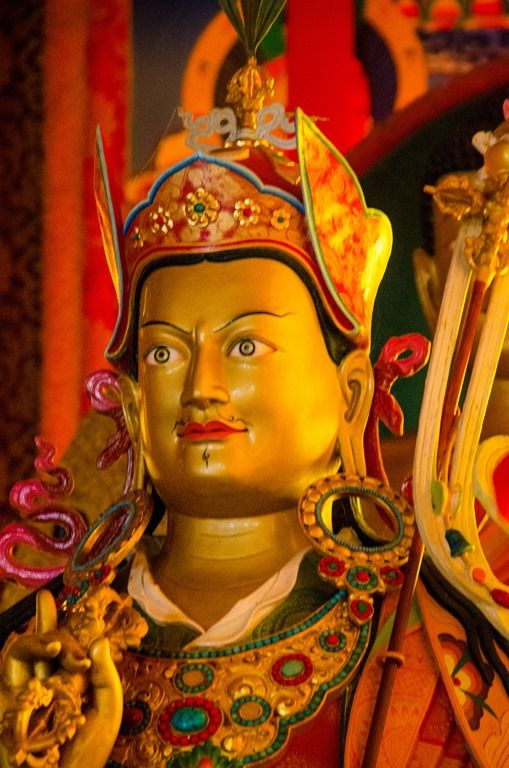 The Prayer to Guru Rinpoche for Removing Obstacles and Fulfilling Wishes .A Terma of Chokgyur Dechen Lingpa