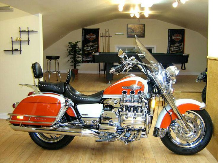 17 best images about honda valkyrie on pinterest honda honda motorcycles and long distance. Black Bedroom Furniture Sets. Home Design Ideas
