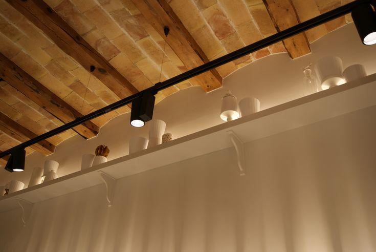 17 mejores ideas sobre madera de techos con vigas en - Iluminacion de techo ...