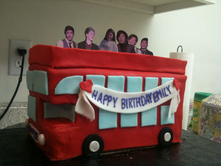 Double Decker Bus Cake Ideas