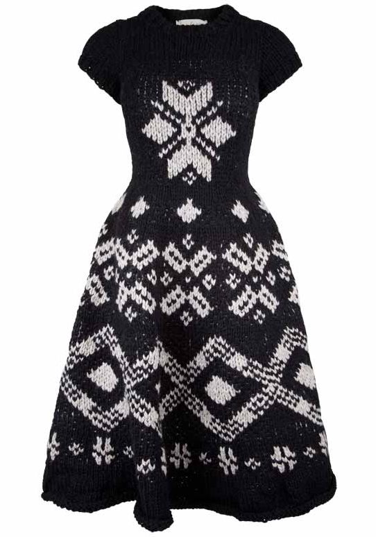 yohji yamamoto knit dress  1. So freakin amazing!  2. Where can I find this design.  3. I can't help but be in love with it.