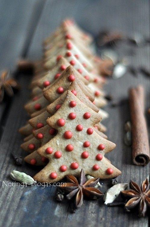 my-visual-bliss:  Christmas tree cookies