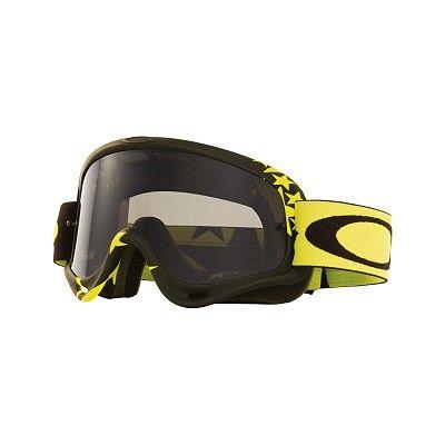 MX Oakley O Frame Flight Series è il best seller dell'azienda californiana: la maschera più venduta nella storia di Oakley, semplicemente perfetta, adatta a qualsiasi tipo di viso. Nata nel 1998, grazie al suo design rimane sempre attuale.