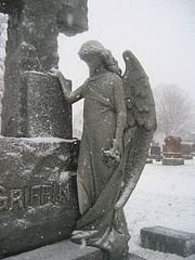 winter angel: Stones Angel, Beautiful Angels, Cemetery Angels, Sad Angel, Beautiful Stones, Winter Angel, Snowy Day, Photo, Angel Statues