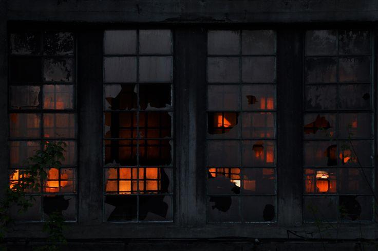 contrast windows