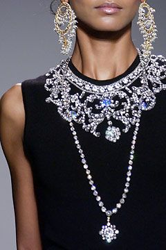 Oscar de la Renta Fall 2012: Renta Fall, Income, Jewelry Accessories, Fall 2012, Collars Necklaces, Oscars, Hair Clip, Renta 2012, Bling Bling