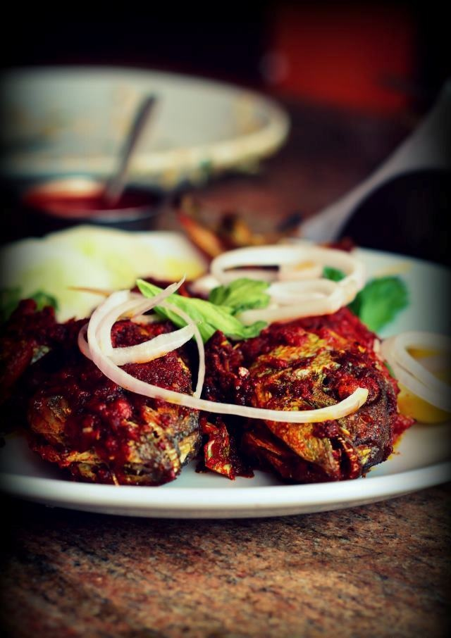 72 best beevi 39 s kerala cuisine images on pinterest fish for What is the best oil to fry fish in