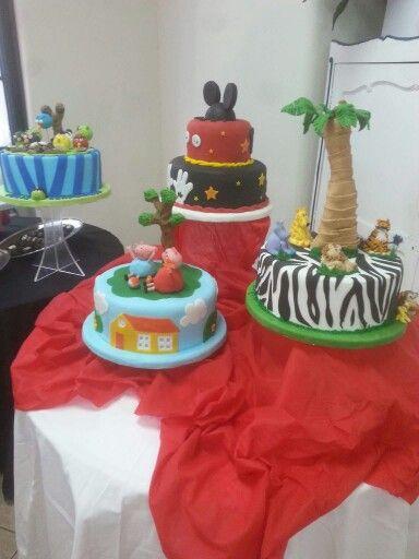 Exposicion de tortas decoradas