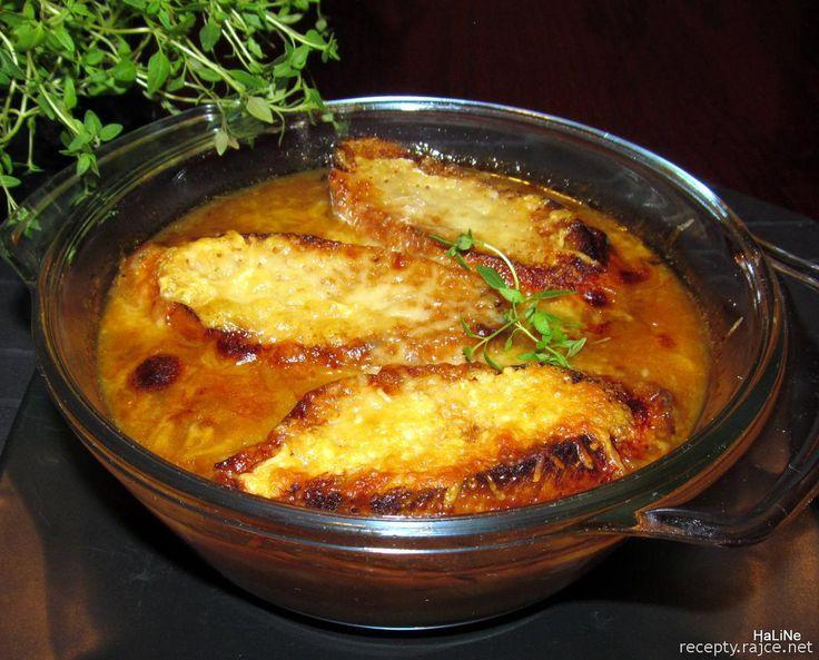 Nejedlé recepty: Cibulačka -  Soupe à l'oignon