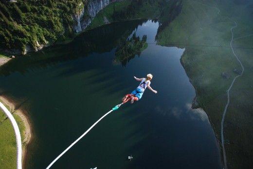 bunjee jump over water