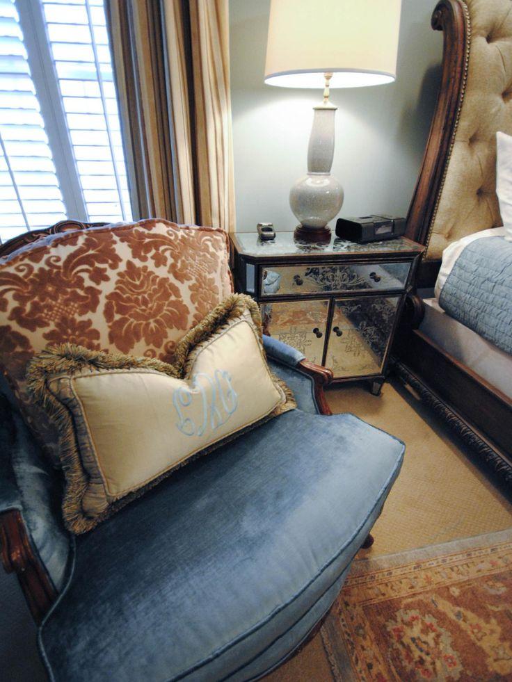 Yellow Master Bedroom Decorating Ideas: Best 25+ Yellow Master Bedroom Ideas On Pinterest