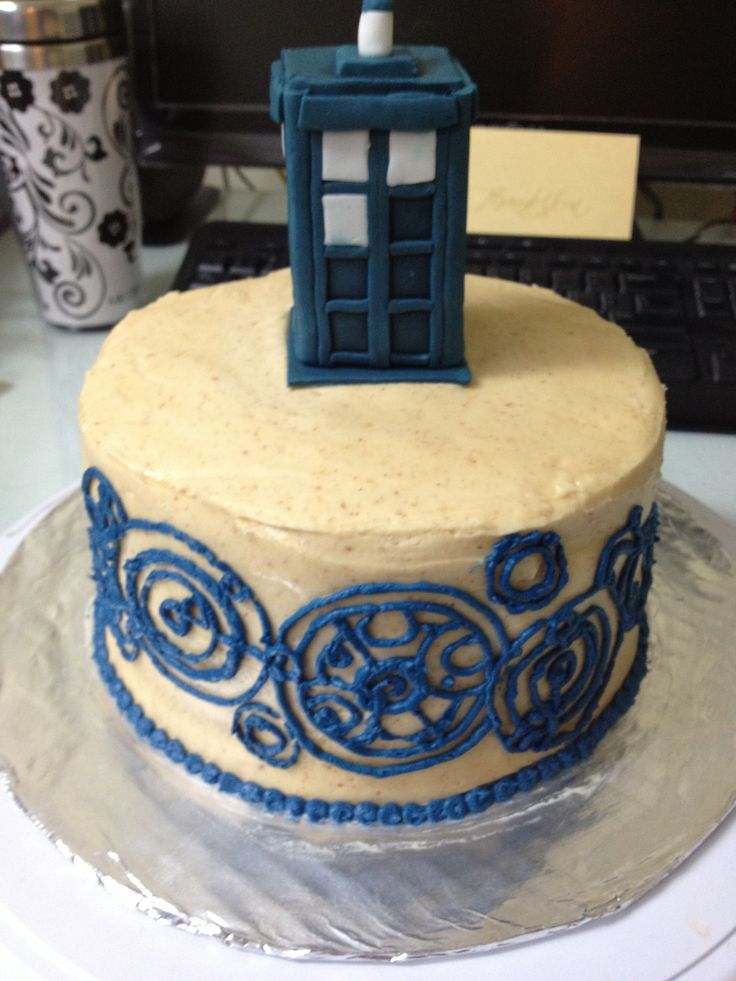 25+ best ideas about Tardis Cake on Pinterest Doctor who ...