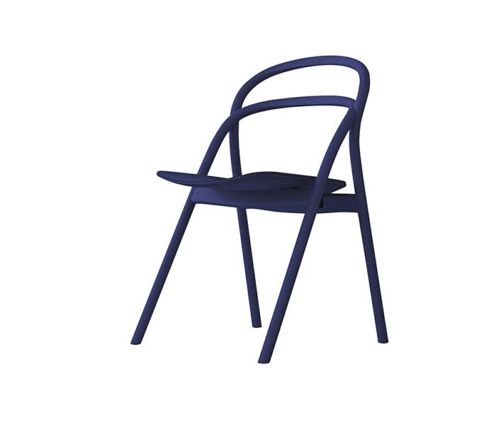 """Årets stol """"Udon"""", Staffan Holm för Hem. """"Ett par eleganta linjer som stelnat i böjträ formar en stol som är skön både att se och sitta på"""". Elle decoration."""