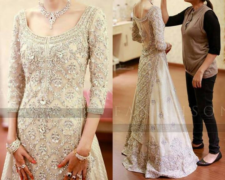 My god, the embellishments are stunning. #Bride #Pakistani #Dulhan #Lengha #White #Dress #Desi #Shaadi #Valima