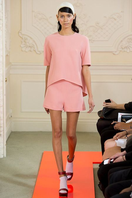 Baby pink is the hottest colour this A/W and it will carry on well into spring #LFW #MaxMyStyle Eudon Choi Spring 2014 Ready-to-Wear Collection Slideshow on Style.com