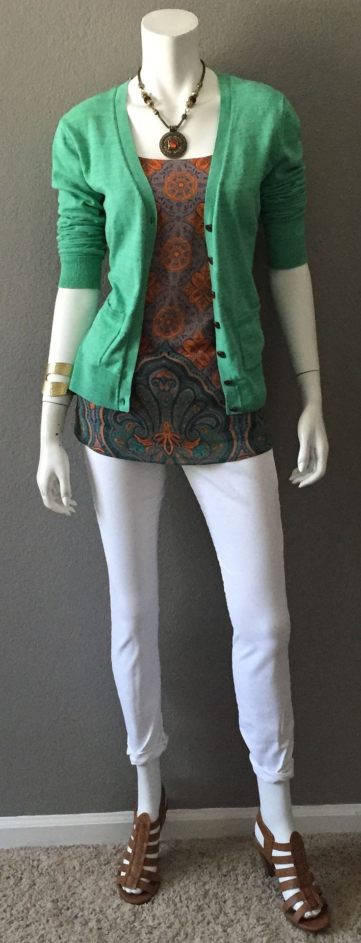 Daily Look: cabi Fall '15 Arabesque Cami with spring's White Skinny Jean & statement necklace, & our vintage Billi Cardigan.